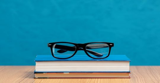 Header für Blog über Apple Glass